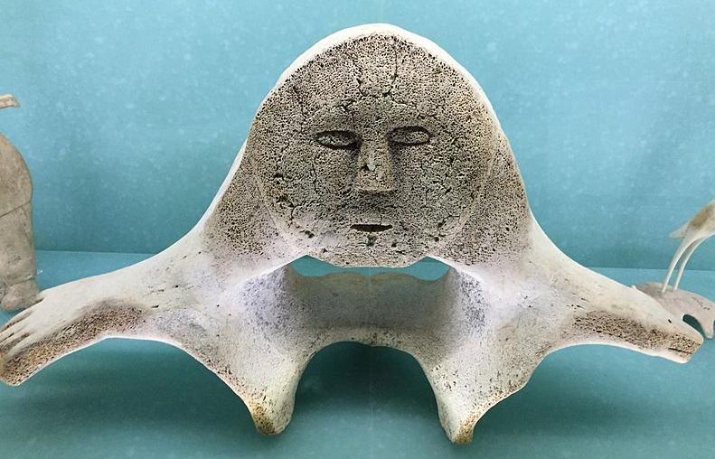 inuit whale bone art carnegie museum of natural history pittsburgh